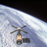 Scott Pooke: ISS Expedition 35 return and Skylab and Faith 7 anniversaries: Statewide Evenings 936 ABC Hobart May 15 2013